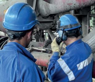 Relation Production - Maintenance : main dans la main